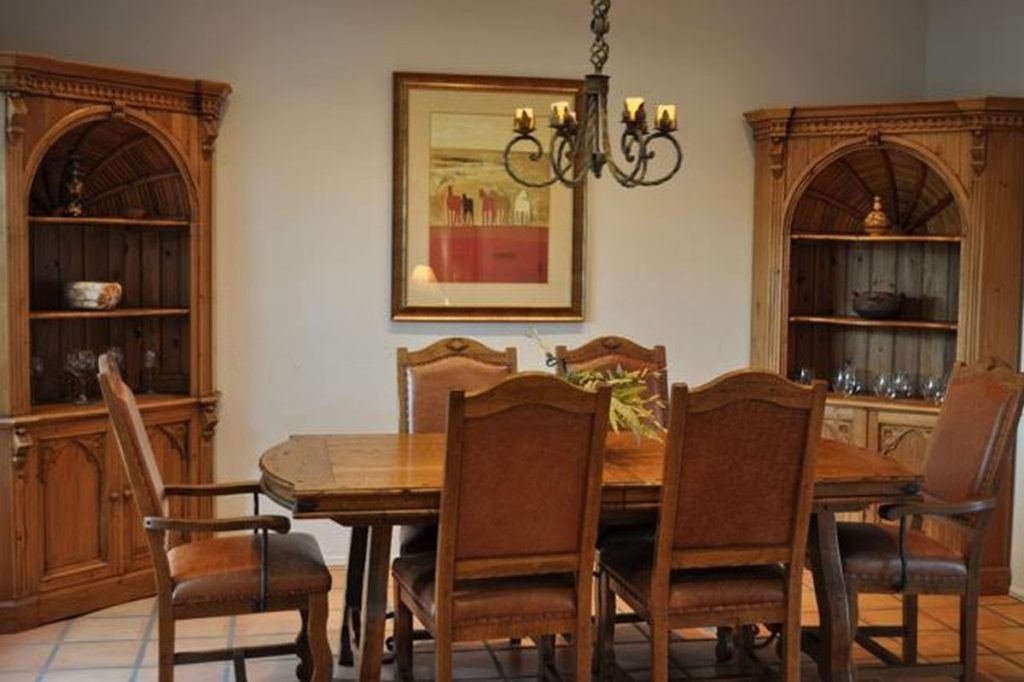Happy Trails Dinning room