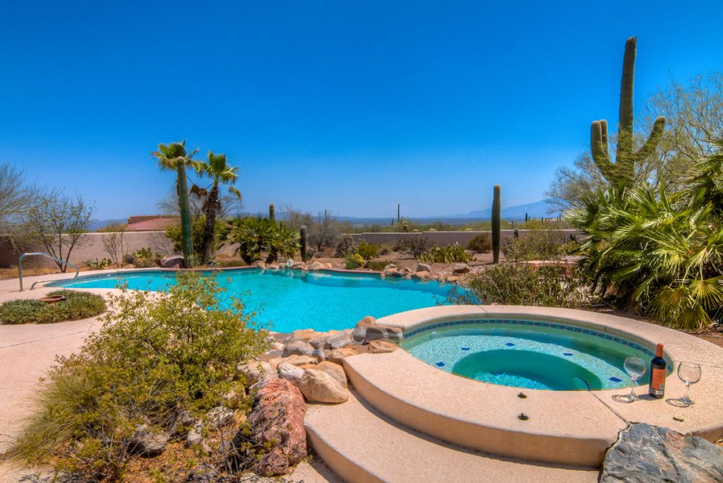 secluded desert rentals