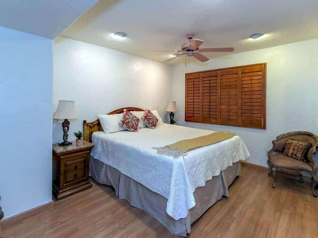 Yvon bedroom 4