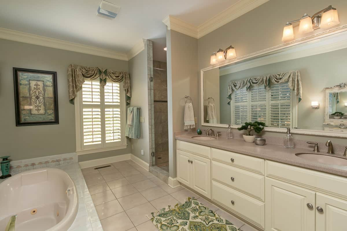 Fox Hollow Master Bath