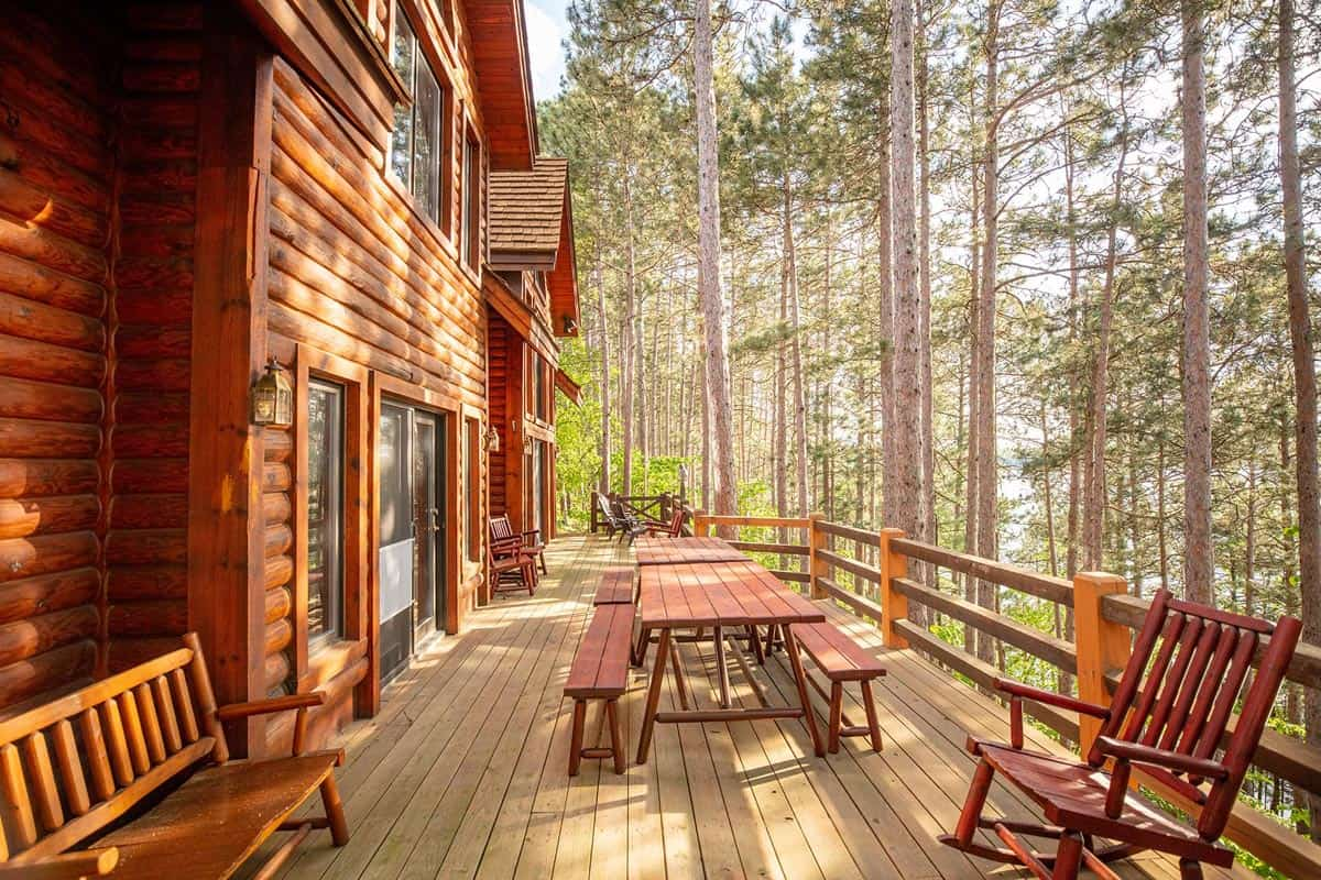 Big Trout Lake Lodge deck picnic table and seating