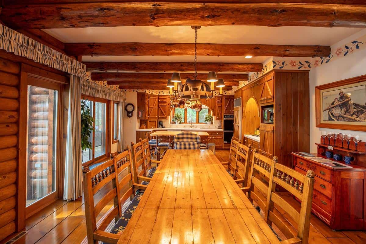 Big Trout Lake Lodge dining table