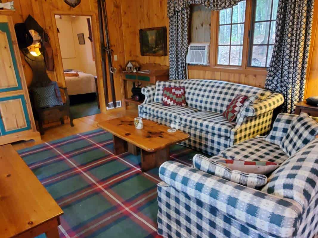 Big Trout Lake Cottage Great Room4